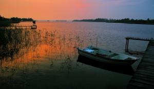 Мазурське поозер'я здивує пейзажем та корабельною поштою