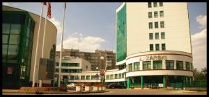 Університет ім. Лазарського