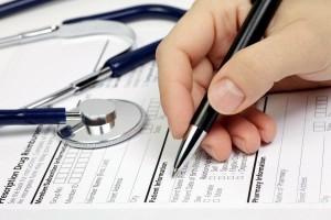 Чи повинні страхові компанії повертати витрати на лікування в приватних клініках?